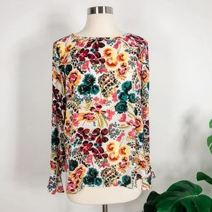 LOFT floral bell sleeve blouse, Size Small, EUC